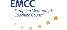 Het logo van de EMCC (European Mentoring & Coaching Council).